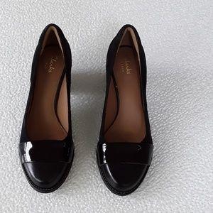 Clark's Artisan black shoes